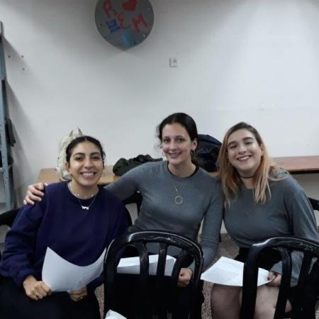 International mentor studies with students abroad